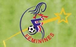 Et si on organisait un match de football féminin sur Twitter ?