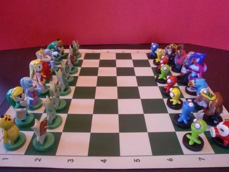 zeldachess1 550x412 Un jeu déchecs Zelda sculpté à la main