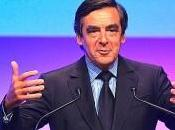 Premier Ministre, François Fillon songe taxer sociétés offre salaires mirobolant grands patrons!