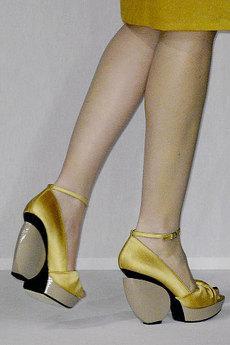 376bba1618d Les chaussures d exception de Anne Valérie Hash - Paperblog