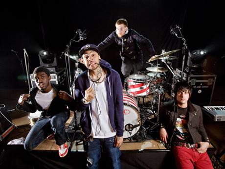 Gym Class Heroes feat. Adam Levine / Stereo Hearts
