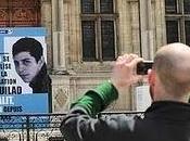 Gilad Shalit, soldat israélien avec passeport français, entre murs après