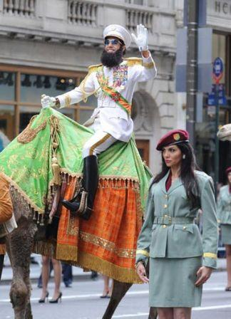 Funny_man_Sacha_Baron_Cohen_seen_riding_camel_c0zDwe1AM4ul.jpg