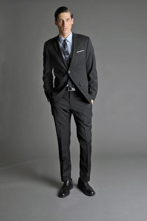 Men Look03 Grey Background La superbe collection Mad Men pour Banana Republic