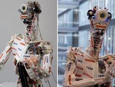 Eccerobot, l'humanoïde écorché service science