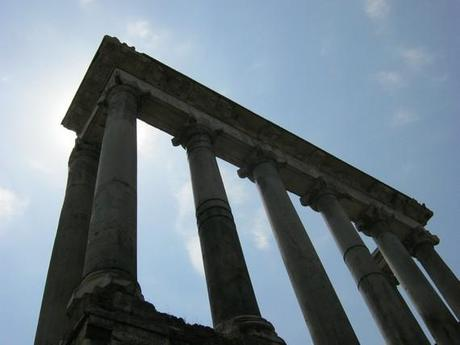 Quelques colonnes encore debouts