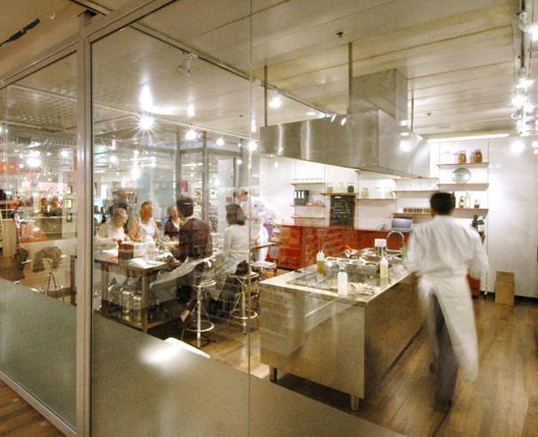 cours de cuisine chef good putit chef academy cours de cuisine heures with cours de cuisine. Black Bedroom Furniture Sets. Home Design Ideas