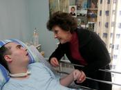 [France Sarkozyste] Elle supplie Nicolas Sarkozy prendre soin fils Eddy, tétraplégique LePost.fr (09:14)
