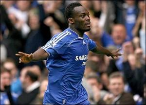 Essien out six mois