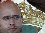 Succession dynastique Djamahirya monarchique, royaume comptent transmettre Kadhafi père fils.