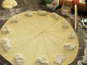 Petits croissants tout fromage