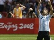 Colombie: footballeurs argentins montrent leurs culs supporters