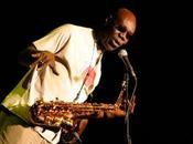 pays Manu Dibango, musiciens perdent terrain