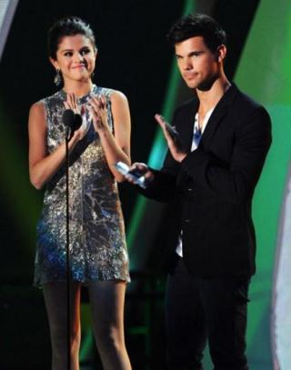 Taylor Lautner aux MTV Movie Vidéo Awards