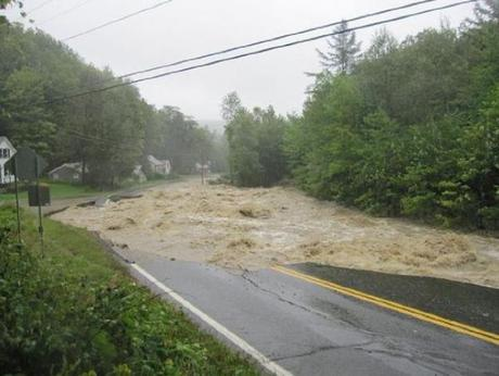 Route 100 in Vermont. Image source .