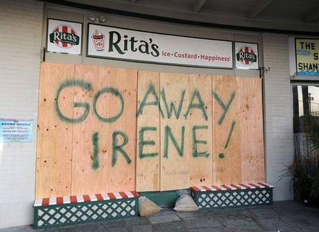 Good as... Top des meilleurs pancartes contre la tornade Irène !