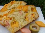 Cake mimolette, olives vertes knaki