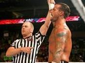 Match sans disqualification entre Punk Triple