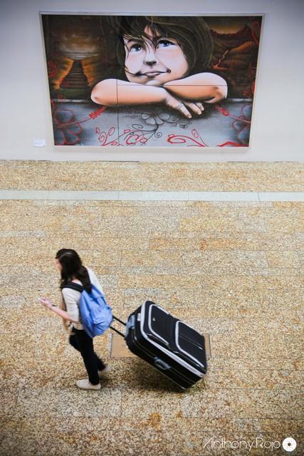 Photos - La gare Saint-Jean accueille les graffitis de Sébastien Cartagena pour la bonne cause !