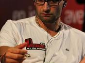 Antonio Esfandiari n'est sauvé gong