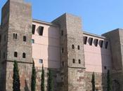 promenade long muraille romaine Barcino.