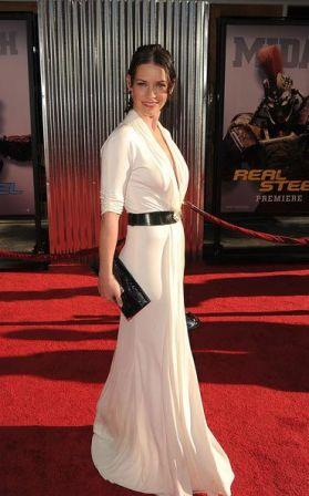 Evangeline_Lilly_Premiere_DreamWorks_Pictures_KER1PZi-xF0l.jpg