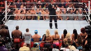 Triple H obligé de s'expliquer face au roster de Raw
