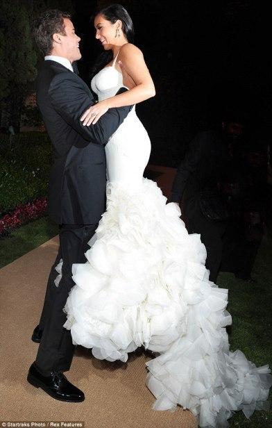 Inspiration mariage les robes de mari e de kim kardashian for Vera wang robes de mariage d hiver