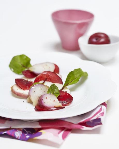 recettes santé, recette aigre-douce de salade aux navets, pamplemousse, prune