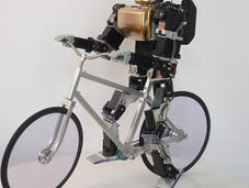 PRIMER-V2, robot cycliste saisissant réalisme