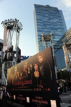 Premiere_Summit_Entertainment_Twilight_Saga_j3XhPBWC-BCl.jpg
