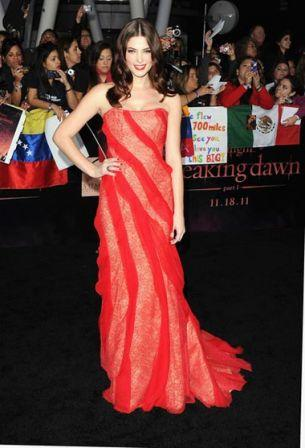 Ashley_Greene_Premiere_Summit_Entertainment_TRmNZjWD1J3l.jpg