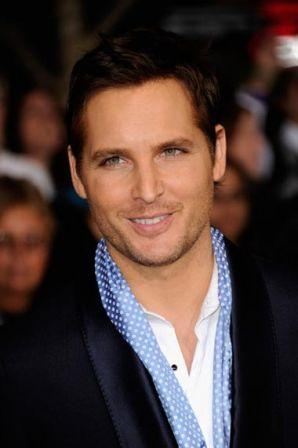 Peter_Facinelli_Premiere_Summit_Entertainment_G77FuNMIv3_l.jpg