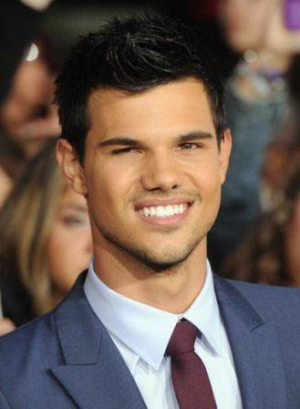 Taylor_Lautner_Premiere_Summit_Entertainment_uujMBB8n5tzl.jpg