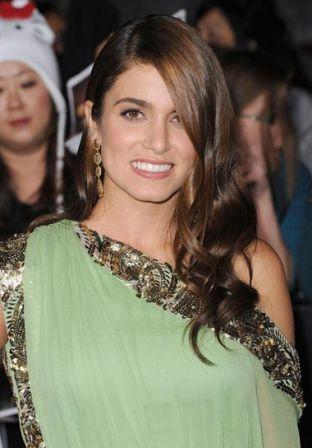 Nikki_Reed_Premiere_Summit_Entertainment_Twilight_VvDp-sfqGOGl.jpg