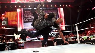 Le public de Raw du 14/11/2011 ont un vant gout des Survivor Series 2011