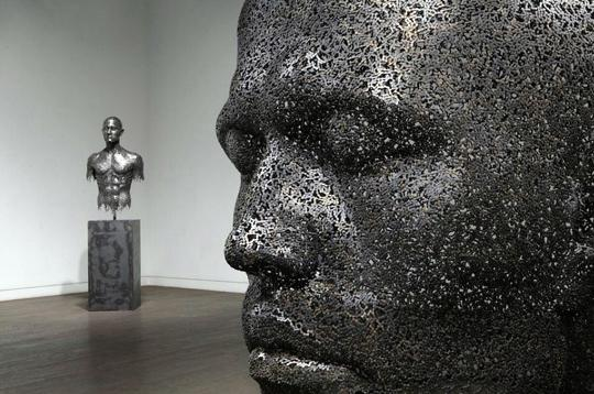 © Seo Young Deok 2011 - Chain Sculptures