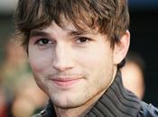 Ashton Kutcher millions fans Twitter
