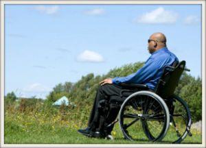 Did-Tafari Bélizaire en chaise roulante