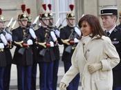 Cristina Kirchner remet place Chavez