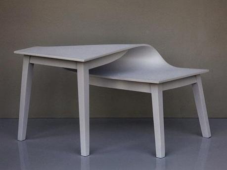 Les tables Contorsions de Suzy Lelièvre