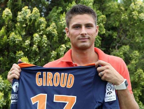 Olivier Giroud, sexy dans les vestiaires …