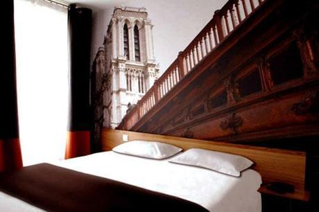 hotel-20-prieure-chambre-noel-paris-hoosta-magazine