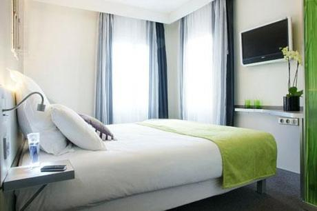 Chambre-Hotel-du-Cadran-Hoosta-magazine-noel-a-paris