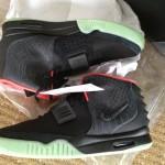 nike air yeezy 2 black pink 01 150x150 Nike Air Yeezy 2 Black/Pink meilleures images