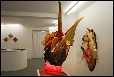 LG Galerie A J FOSIK Vitrine A.J.Fosik : trophées de chasses fantastiques à la Galerie L.J.