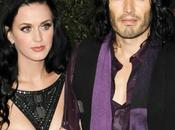 C'est officiel: Katy Perry Russell Brand divorcent!