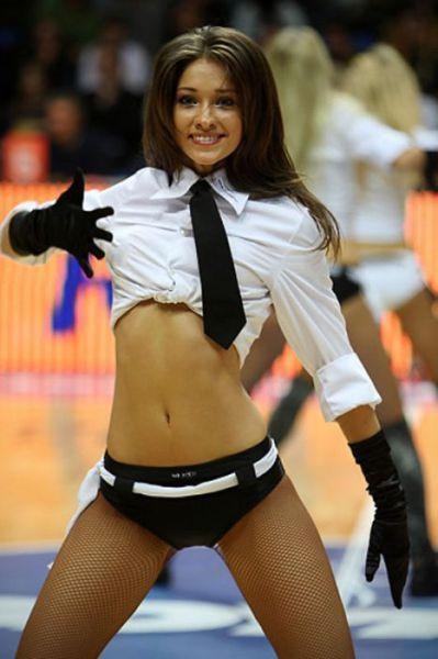 cheerleaders d ukraine 001 Les Cheerleaders dUkraine (78 photos)