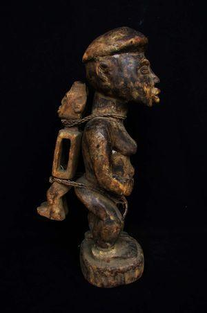 Statuette-maternite-africaine-kongo-bakongo-congo-rdc-1