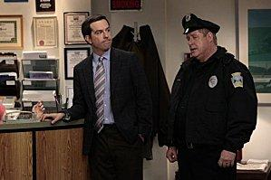 The-Office-Jury-Duty-Season-8-Episode-13-5-550x366.jpg